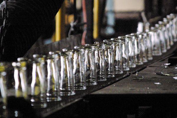 Arc international fabrique des verres et de la vaisselle