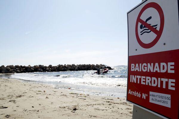 Le nombre de jours et de plages interdits de baignade ont battu des records cet été