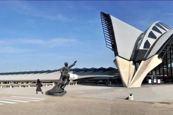Un projet de statue pour le parvis de la gare SNCF Saint-Exupéry ressemblerait à ça ...