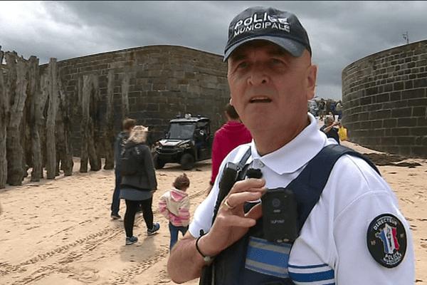 La ville de Saint-Malo a acheté 600 petites caméras pour équiper la police municipale