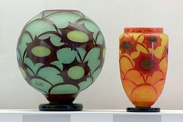 """Le musée du verre de Conches-en-Ouche présente l'exposition """"Schneider, les enfants d'une oeuvre""""."""