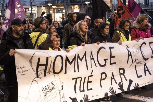Une marche blanche en l'honneur de Cédric Chouviat, le 15 janvier 2020 à Perpignan (Pyrénées-Orientales).