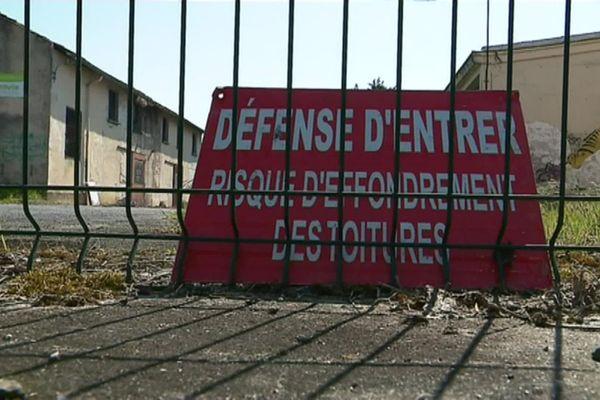 Avant d'être réhabilitée, la friche industrielle de l'ancienne usine SAFT doit être dépolluée.