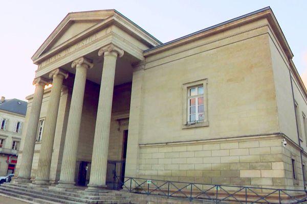 Trois personnes sont en garde à vue après l'assassinat de Teddy Ledoux, un jeune homme de Charente dont le corps a été retrouvé à Bussière Badil en Dordogne dimanche 6 décembre dernier