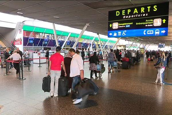 La famille a été débarquée à l'aéroport de Lesquin - Photo d'illustration