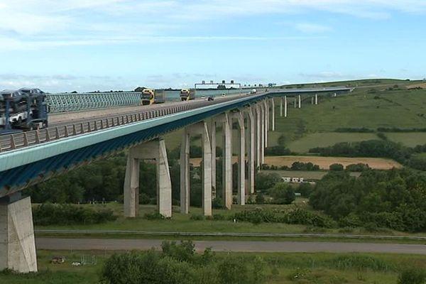 Le viaduc d'Echinghen (Pas-de-Calais)
