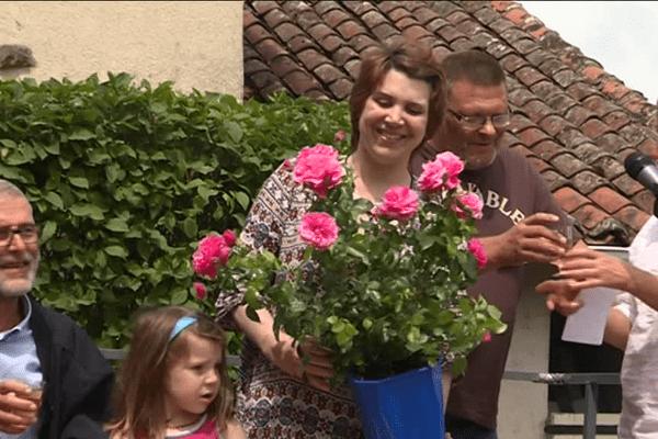 """La rose """"Péché Gourmand"""" a été baptisée par Anne Allassane ce dimanche 4 juin."""