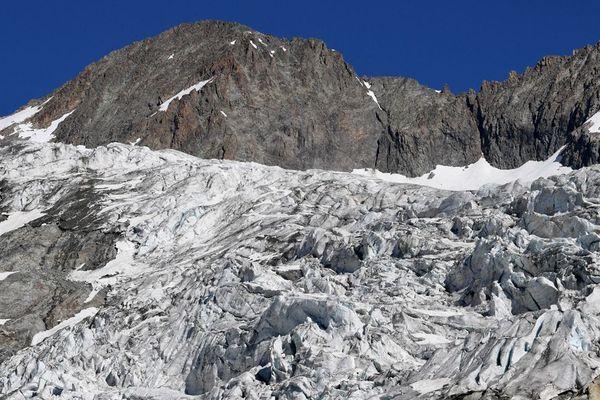 le Glacier Blanc dans le massif des Ecrins
