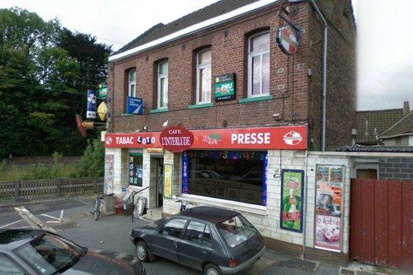Le bar-tabac PMU, rue de la gare à Montigny-en-Ostrevent