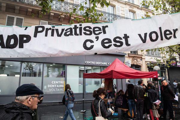 Une manifestation à l'appel des organisations syndicales de salariés contre la reforme des retraites et les suppressions d'emploi, et pour la défense des services publics, le 24 septembre 2019.