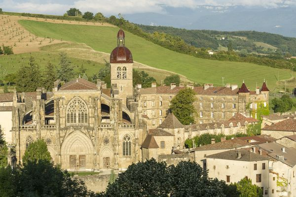 L'abbaye Saint-Antoine, en Isère, est l'une des plus belles réalisations gothiques en Rhône-Alpes.