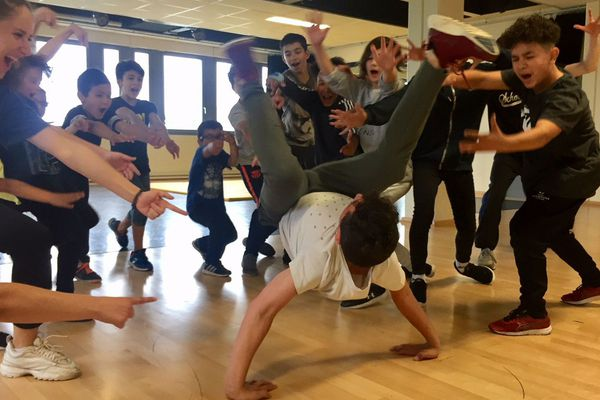 La compagnie Dyptik accompagne les jeunes danseurs
