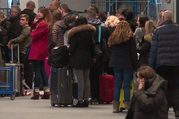 Aéroport Marseille-Provence : avec 10 151 743 passagers en 2019, c'est le 5ème aéroport français.