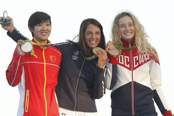 Le podium olympique à Rio, Charline Picon médaille d'or