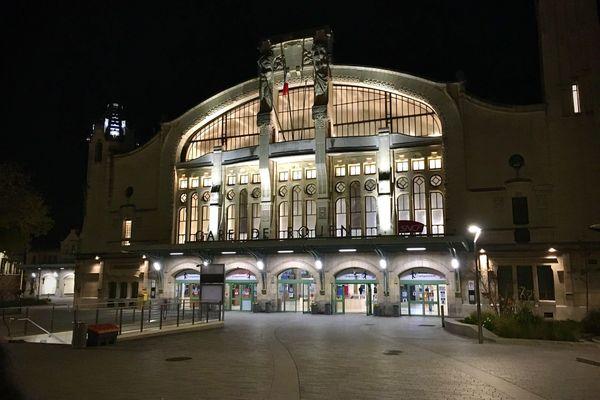 La façade de la gare de Rouen