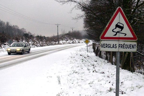 Le département du Cantal est placé en vigilance orange neige-verglas, par Météo France, mardi 29 janvier, dès 16h00. (Photo d'illustration)