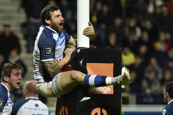 La jubilation de Julien Caminati après la victoire de Castres à Clermont