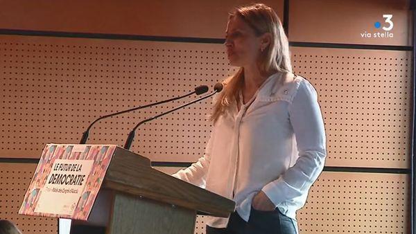 Wanda Mastor, constitutionnaliste, lors du débat