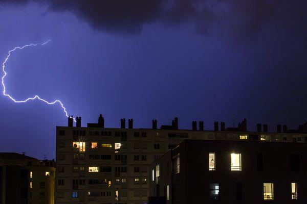 Des orages ont éclaté dès dimanche 10 mai dans l'après-midi