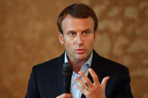 Emmanuel Macron, ministre de l'Economie à l'Université des réformateurs à Léognan en Gironde.