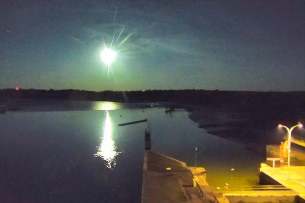 Une météore le dimanche 5 septembre dans le ciel de Bretagne
