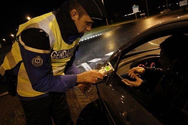 Contrôle d'alcoolémie la nuit de la Saint-Sylvestre par la gendarmerie (Illustration)