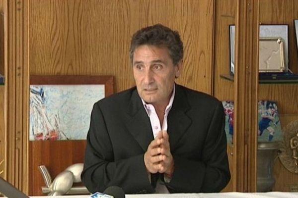 Mohed Altrad lors d'une conférence de presse en juin 2012