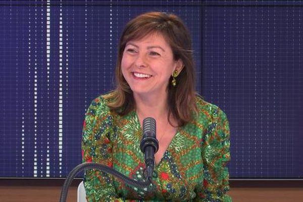 """Carole Delga, présidente PS de la région Occitanie était l'invitée du """"8h30 franceinfo"""", ce mardi 6 juillet 2021."""
