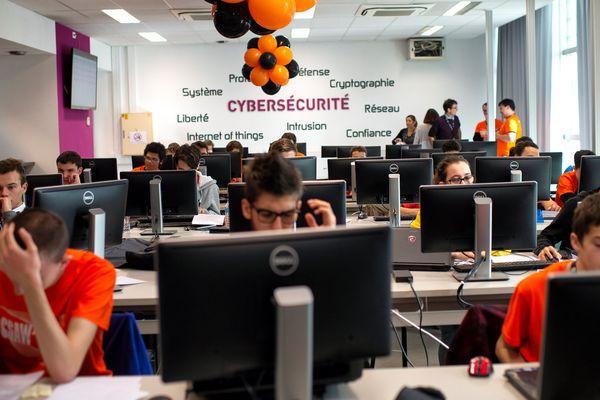 Au CSAW, les corsaires du hacking doivent pénétrer les failles des systèmes informatiques et objets connectés.