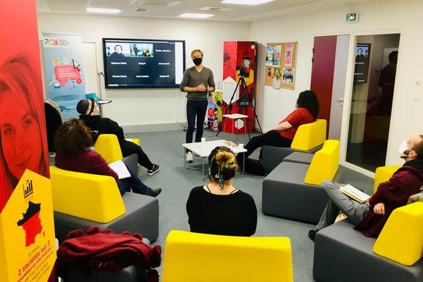 Les conférences et ateliers sont toujours animés par des professionnels du secteur du numérique