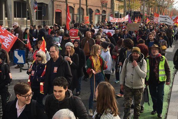 Les manifestants sont également très nombreux à Albi dans le Tarn.