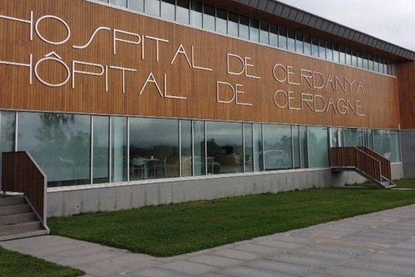 L'hôpital transfrontalier de Cerdagne à Puigcerdà a dû adapter ses services pour faire face à la crise du covid 19 et accueillir les personnes atteintes du coronavirus.