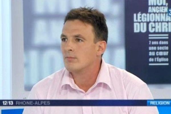 Xavier Léger, ancien légionnaire du Christ, invité du 12/13 Rhône-Alpes (12/09/13)