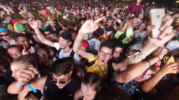 Lors de l'édition 2019, plus de 100 000 personnes ont été accueillies sur le site du Cabaret Vert.