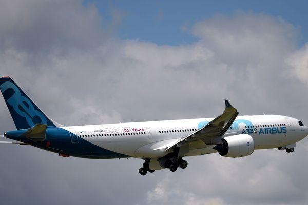 Un A330 Neo, l'un des longs courriers d'Airbus