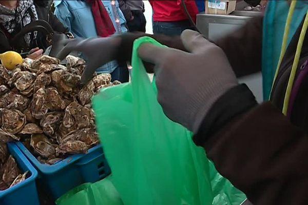 En 1997, les premières tables ostréicoles étaient implantées sur le littoral de Veules les Roses. Depuis la réputation de cette huître n'est plus à faire.