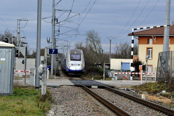 Le passage à niveau PN7 à Cézeyriat avait déjà connu une collision entre un TGV et un véhicule en 2013