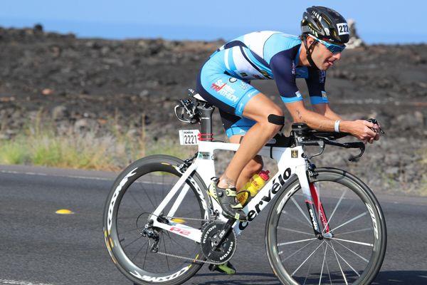 Antoine Méchin est devenu champion du monde amateur de la course Ironman pour la catégorie 25-29 ans en 2017.