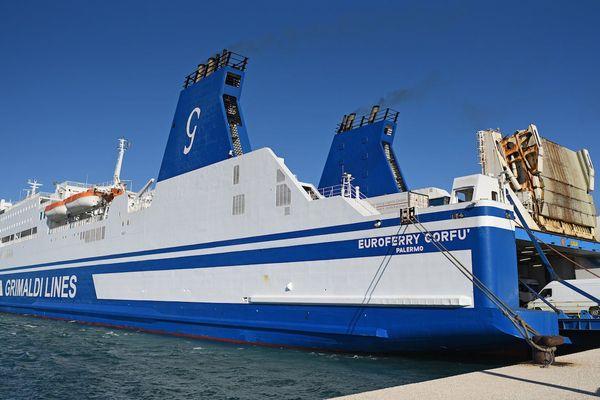 La Corsica Linea a affrété un nouveau cargo mixte, l'Euroferry Corfu, auprès de l'armateur italien Grimaldi.