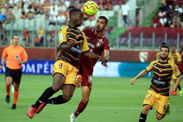 Le défenseur orléanais Gabriel Mutombo face au FC Metz (défaite 5-1), lors de la 1ere journée, le 3 août 2018