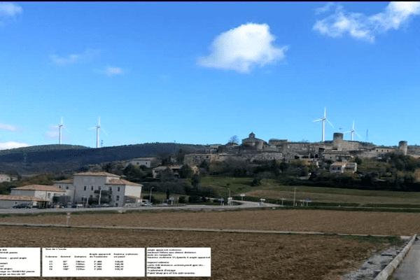 """Photo montage du collectif """"Sauvegarde du Barrès"""" du village de Saint-Vincent-de-Barrès avec des éoliennes"""
