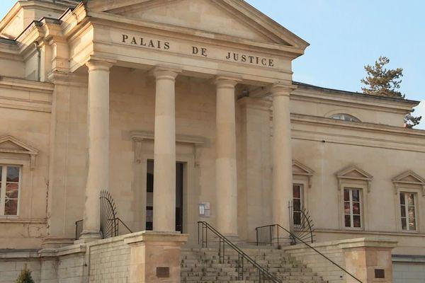 Le palais de justice de Cahors dans le Lot