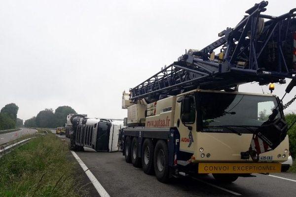 L'A64 fermée à cinq kilomètres de Soumoulou, dans le sens Bayonne-Toulouse, en raison d'un spectaculaire accident