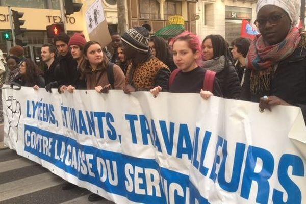 Les lycéens ont rejoint la manifestation de la CGT
