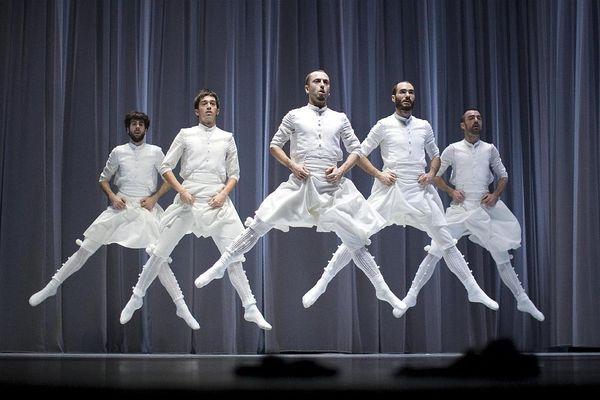 """Au Manège, à Reims, c'est le spectacle de danse """"Oskara"""" qui assurera la reprise."""
