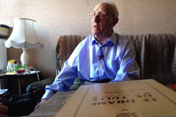 """Jean Viacroze, résistant et rescapé de Dachau : """"dans le train les cadavres  des morts se décomposaient"""""""