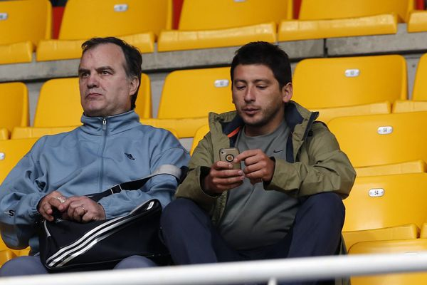 L'Argentin, ici à gauche, assistait au match Montpellier OM vendredi dernier