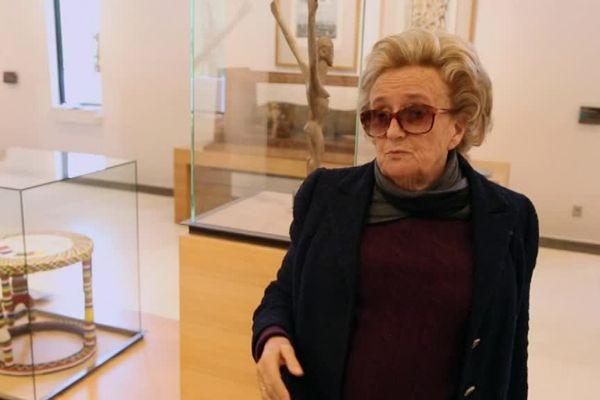 Anne Barrère a recueilli les confidences de Bernadette Chirac avec qui elle a tissé des liens d'amitié
