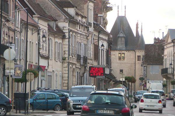 A Villeneuve-sur-Yonne, les comptes de la commune accusent un déficit important