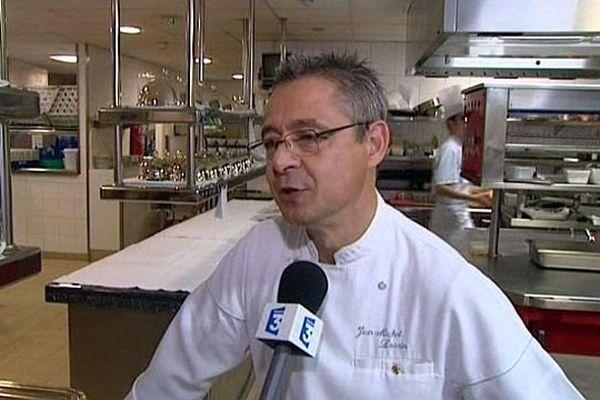 Jean-Michel Lorain, le chef du restaurant La Côte Saint-Jacques, à Joigny
